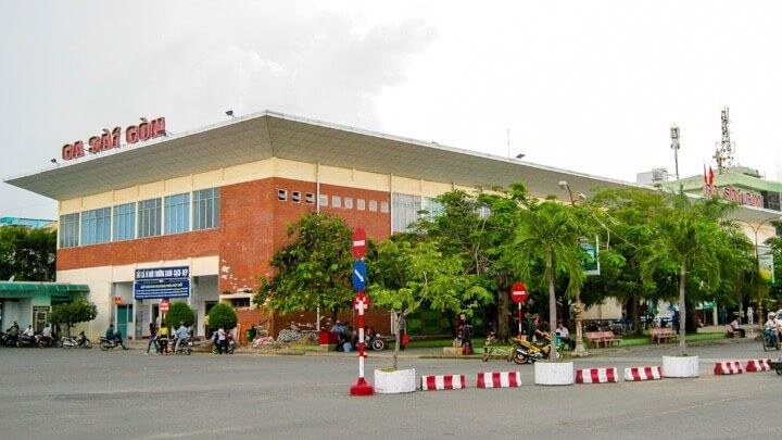 Train from Ho Chi Minh to Nha Trang