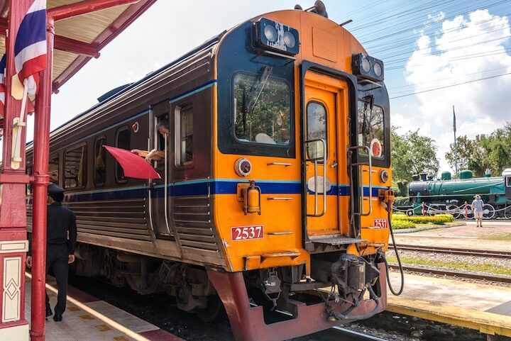 Train from Bangkok to Samui