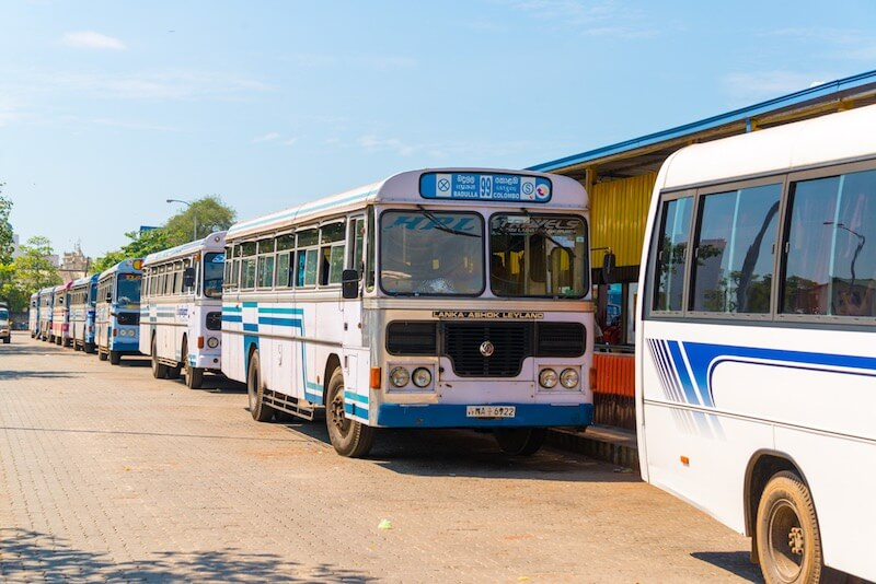 Автобус Коломбо - Хиккадува