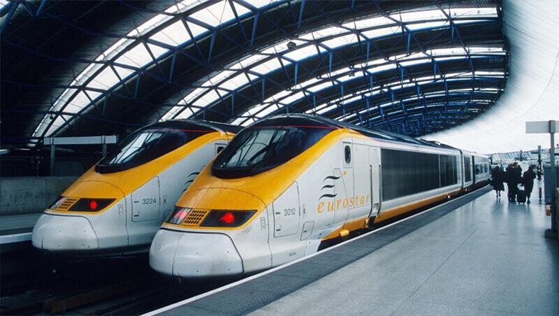 Train from Geneva to Val Thorens