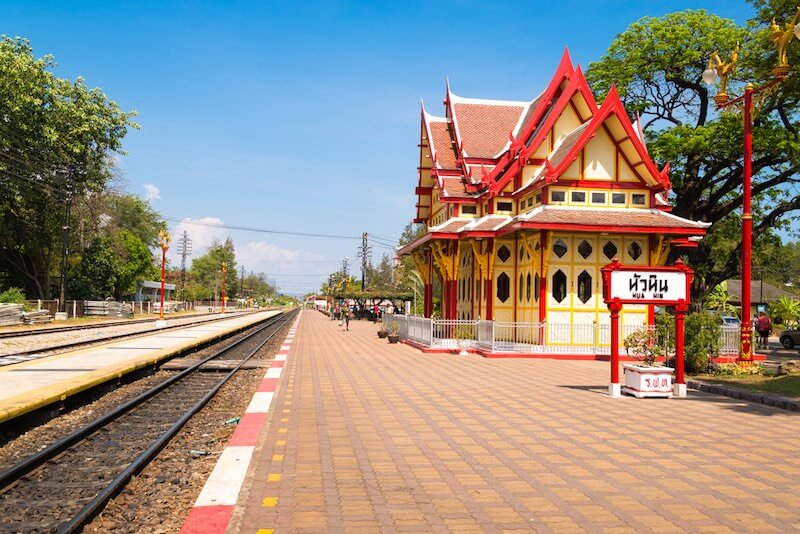 Train from Hua Hin to Bangkok