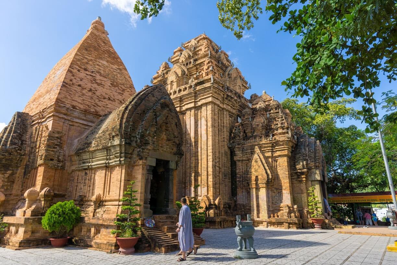 Ponagar Nha Trang photo