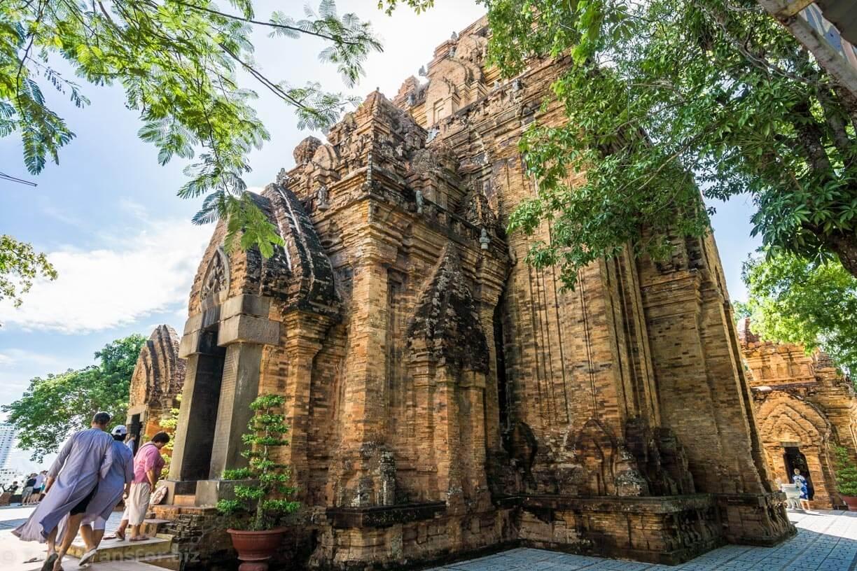 Main temple Ponagar