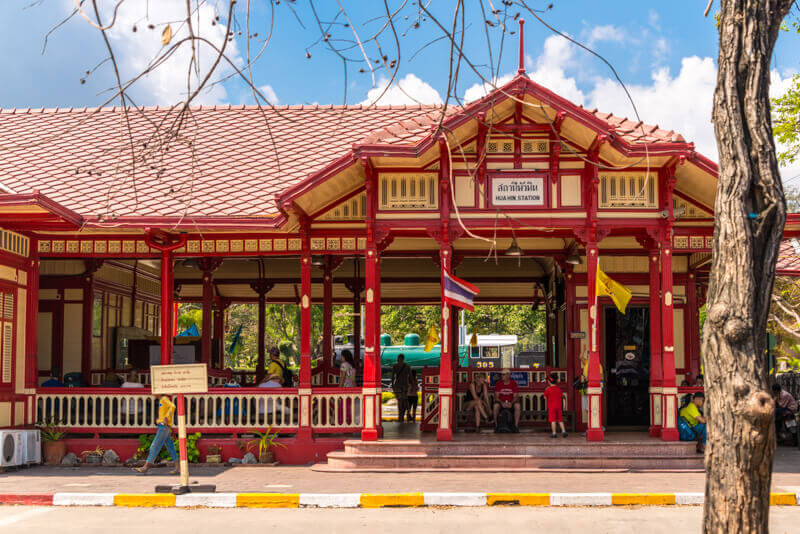 Train from Bangkok to Hua Hin - railway station