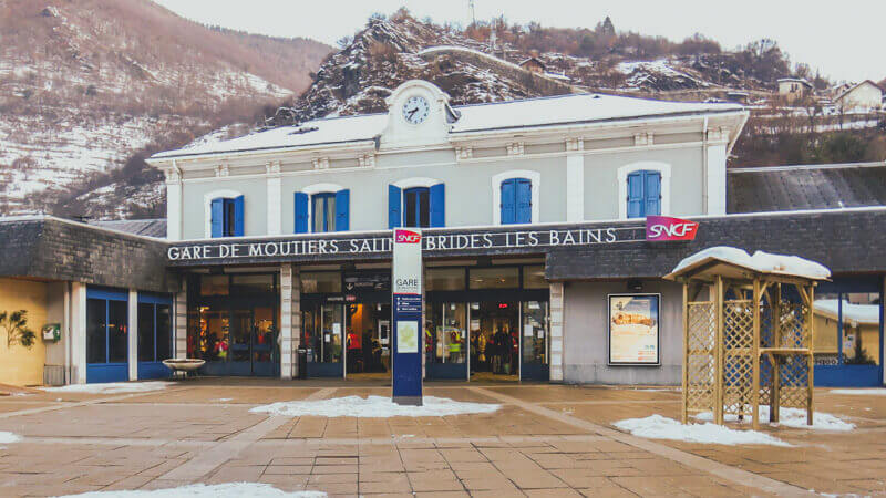 Train from Geneva to Les Arcs