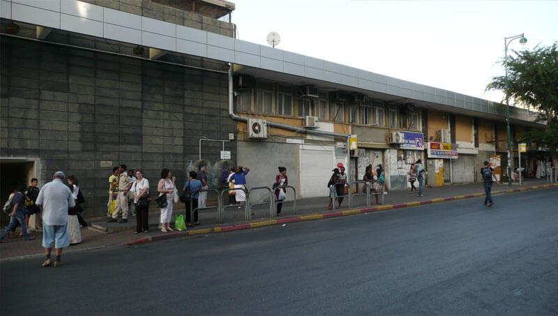 Автобусная станция в Нетании